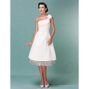 lanting novia una línea / princesa pequeña / más el tamaño de la boda del vestido de la rodilla-longitud de satén de un hombro / tul