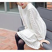 principios de la primavera 2017 Corea del encaje calado ganchillo vestido de cuello redondo de color sólido de manga larga