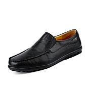 Hombre Zapatos Cuero Primavera Otoño Confort Zapatos de taco bajo y Slip-On Banda Para Casual Negro Amarillo Morrón Oscuro