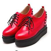 Mujer Zapatos PU Primavera Otoño Confort Zapatos de taco bajo y Slip-On Con Para Casual Blanco Negro Rojo