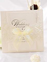 リボン結び(50セット)とバラデザインつ折り結婚式の招待