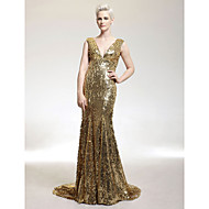 TS Couture® Formal Evening / Military Ball Dress - Gold Plus Sizes / Petite Trumpet/Mermaid V-neck Sweep/Brush Train Sequined