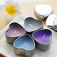 심장 모양 주석 홀더 (자세한 색상)와 아름다운 촛불