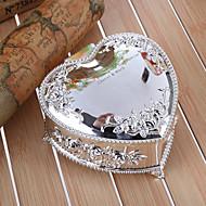 선물 신부 들러리 선물 양각 꽃 심장 모양의 아연 합금 보석 상자를 개인화