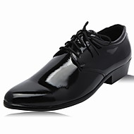 Men's Shoes Leather Wedding / Office & Career / Party & Evening Oxfords Wedding / Office & Career / Party & Evening Lace-upBlack / White