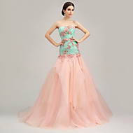 Formal Evening Dress Petite Trumpet / Mermaid Strapless Court Train Organza / Tulle / Charmeuse withFlower(s) / Ruffles / Sash / Ribbon /