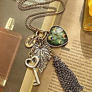 (1 Pc) Vintage (Heart Pendant) Golden Alloy Pendant Necklace