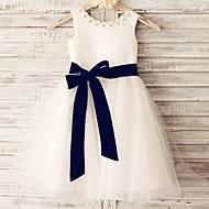 Princess Knee-length Flower Girl Dress - Satin / Tulle Sleeveless Scoop with Beading / Sash / Ribbon