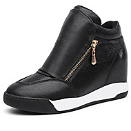 Women's Shoes Leatherette Wedge Heel Wedges / Platform / Creepers Fashion Sneakers / Loafers Outdoor / Office & Career