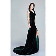 Formal Evening Dress - Dark Green Trumpet/Mermaid V-neck Sweep/Brush Train Velvet