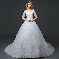 A-line Wedding Dress Court Train Bateau Lace / Tulle with Lace