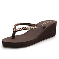 Черный / Синий / Коричневый / Бежевый-Женская обувь-На каждый день-Синтетика-На танкетке-Шлепанцы / С открытым носком-Вьетнамки