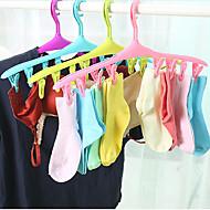 Travel-Plastic-Hangers