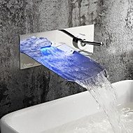 Contemporain Montage mural LED Cascade with  Soupape céramique Mitigeur deux trous for  Chrome , Robinet lavabo
