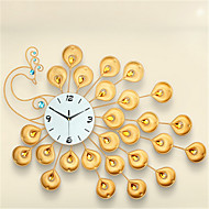 Kreisförmig Modern/Zeitgenössisch Wanduhr,Anderen Metall 70*60*7