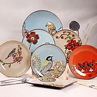 10.5 -inch Hand-Painted Ceramic Retro Plate (Random Style)
