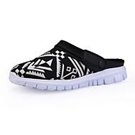 Men's Flats Summer Comfort Fabric Casual Flat Heel Others Black Blue White Walking