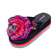 Γυναικείο Παντόφλες & flip-flops PU Καλοκαίρι Causal Λουλούδι Επίπεδο Τακούνι Λευκό Μαύρο Κίτρινο Φούξια Επίπεδο