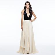 TS Couture® Evento Formal Vestido - Costas Lindas Estilo Celebridade Linha A Decote V Longo Renda com Miçangas Laço(s) Pregas