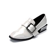 Feminino Oxfords Sapatos formais Micofibra Sintética PU Primavera Outono Presilha Salto Grosso Preto Cinzento Claro 2,5 a 4,5 cm