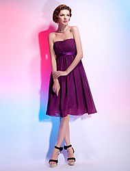 Cocktail Party Dress - Grape Plus Sizes A-line/Princess Strapless Knee-length Chiffon/Stretch Satin
