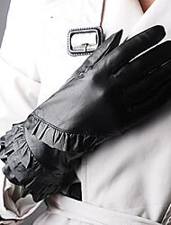 рябить выстроились кожаные перчатки