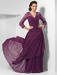 Formal Evening/Military Ball/Wedding Party Dress - Grape Plus Sizes Sheath/Column V-neck Floor-length Chiffon