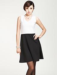 Women's Sleeveless Contrast Color Dress