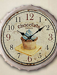 "13.5 Reloj de pared de metal ""h pastelito de chocolate"