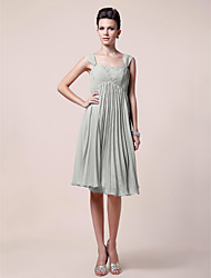 A-line Plus Size / Petite Mother of the Bride Dress Knee-length Sleeveless Chiffon with Beading / Draping / Pleats