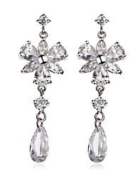 Magnifiques Plaqué Cubic Zirconia Chandelier Earrings (Plus de couleurs)