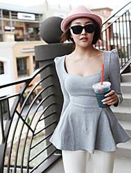 Frauen Shirt Scoop Neck Top mit Schößchen