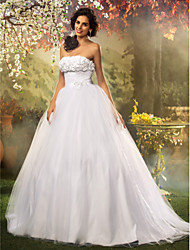 Lanting Bride Ball Gown Petite / Plus Sizes Wedding Dress-Floor-length Strapless Lace / Tulle