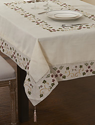 Berry Leaves Rectangular Linen Cotton Blend Table Cloth
