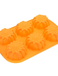Sunflower Shaped Silicone Cake Cookie Mould (Random Color)
