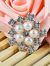 accessorio ornamentale con perla veneziana e strass