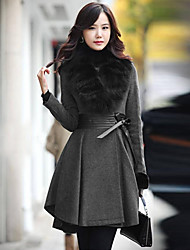 Women's Turn-Down Collar Warm Fitted Long Sleeve Outwear With Fur Detachable