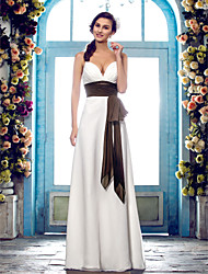 Lanting Bride® Sheath / Column Plus Sizes / Petite Wedding Dress - Classic & Timeless / Glamorous & Dramatic Floor-length Spaghetti Straps