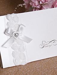 """Верхний сгиб Свадебные приглашения 12-Пригласительные билеты Цветочный стиль Перламутровая бумага Картон 6 ¾""""""""×6"""" (17*15cm)Цветы Ленты"""