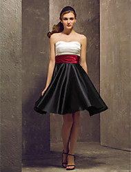 Knee-length Stretch Satin Bridesmaid Dress-Plus Size / Petite A-line Strapless
