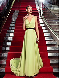 TS Couture® Formal Evening Dress - Sage Plus Sizes / Petite Sheath/Column V-neck Sweep/Brush Train Chiffon