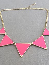 Elegante Triángulo Tipo Drip Collar babero