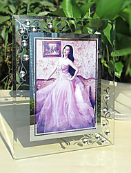 "8.75 ""H Style Contemporain Crystal Frame Table Top Image"