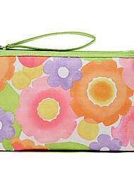 Doce padrão floral colorido Clutch