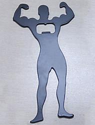 Homem muscular em forma de abridor de metal garrafa