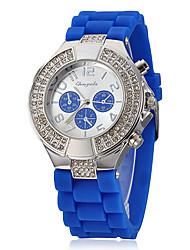 Diamante ronde des femmes de cadran de bande de silicone de quartz analogique montre-bracelet
