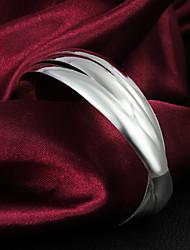 High Quality Fashion Silver Silver-Plated Locked Cuffed Bracelets