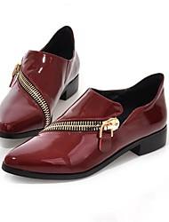 Zapatos de mujer - Tacón Bajo - Puntiagudos - Mocasines - Vestido - Semicuero - Negro / Bermellón