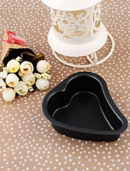 Iron Heart-shaped Non-stick Cake Bakeware Mould,11x9.8x3.3cm