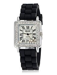 Diamante double à cycle ronde des femmes de cadran de quartz de bande de montre de mode analogique en alliage (couleurs assorties)